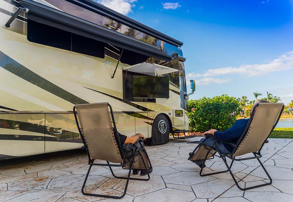 Pelican Lake Motorcoach Resort, Exterior TV RV Installation | Amplex Technology Services